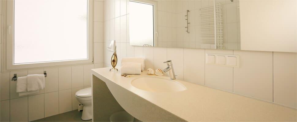 Badezimmer inkl. WC